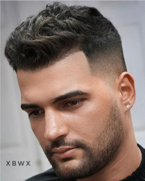 Top 20 Elegant Haircuts For Guys With Square Faces-3461
